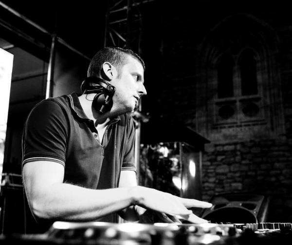DJ-BEXX.png